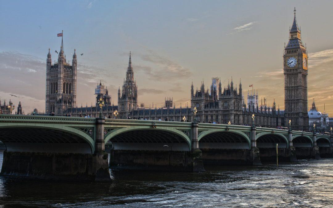 Reino Unido e Irlanda. Convocatoria para la formación de listas de interinos 2017/2018.
